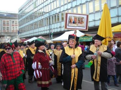 3KE felvonulása a Kocsonya Fesztiválon